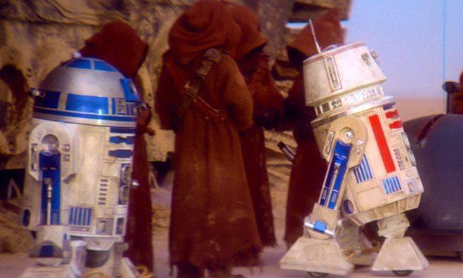 R5-D4 R2-D2